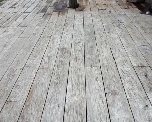 houten terras laten reinigen